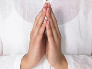 praying_1152x864_35719